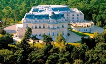 Церемония в Chateau Tiara Mont Royal - 5600€